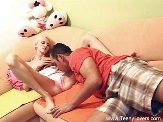 Женские ножки порно онлайн