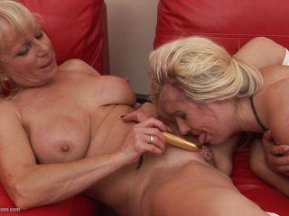 Госпожа жена любит когда ей лижут порно