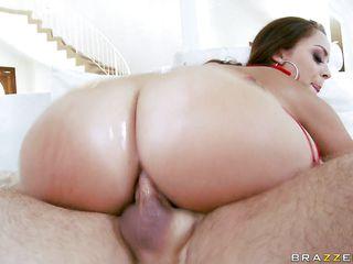 Анальный секс крупно
