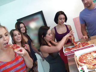 Порно после вечеринки