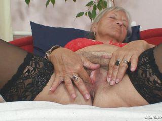 Порно жесткое пальцами