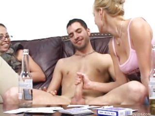 Муж снимает ганг банг жены