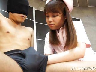Медсестра трахает пациента