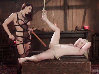 Смотреть порно госпожа и рабыня