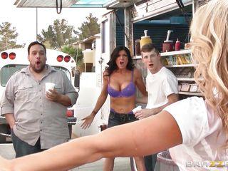 Эротическое порно видео звезд