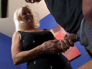 порно зрелых блондинок в нижнем белье