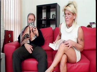 Муж с женой сняли транса