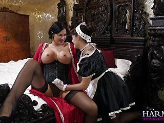 Госпожа села порно