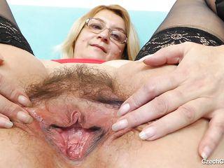 Бабушки немки в чулках порно