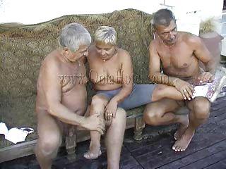 Жену мужики порно видео