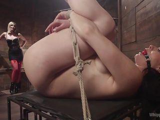 Порно зрелая госпожа бесплатно