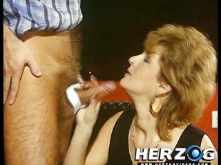 порно лесби зрелые и молодые