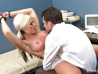 порно видео молодые волосатые