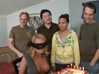 Секс онлайн видео шлюхи