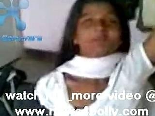 Порка девушек по заднице видео