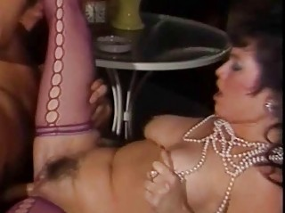 Порно пышная шлюха