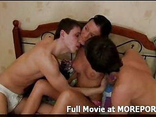Смотреть порно ролики трудно быть секретаршей