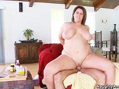 Порно толстушек лисбиянок