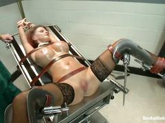 Связывание члена порно