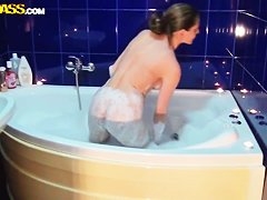 подглядывание в бане порно