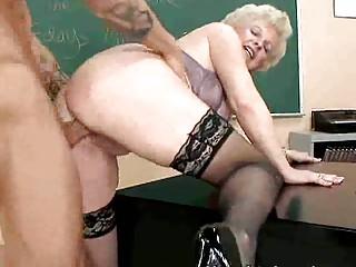 Порно шикарные зрелые дамы