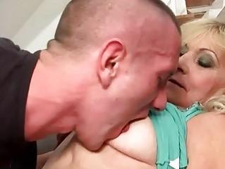 Секс старух на улице